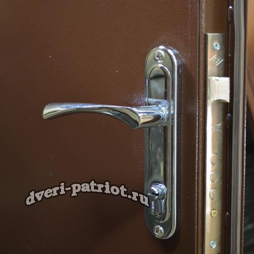Apecs planka hrom dver