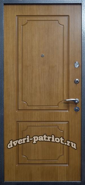 толстые бронированные входные двери