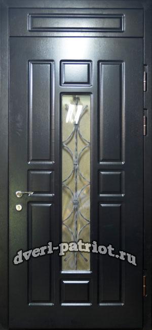 недорогая железная дверь со стеклом