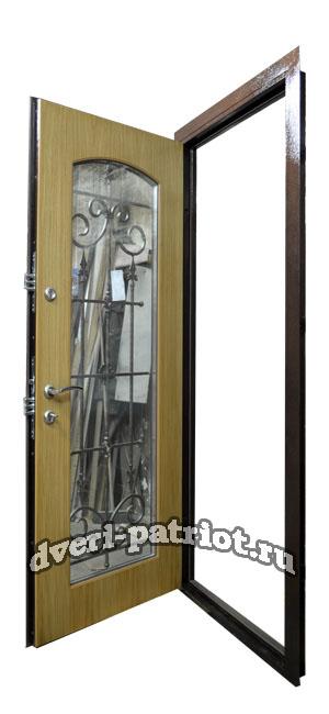 металлические двери со стеклом для котельной